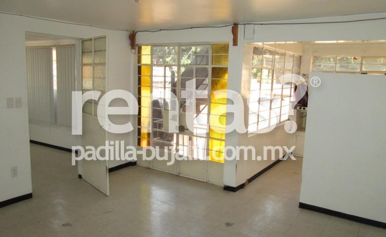 Departamento en renta en la colonia El Prado.