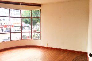 Amplia oficina en renta en Santa Maria la Ribera